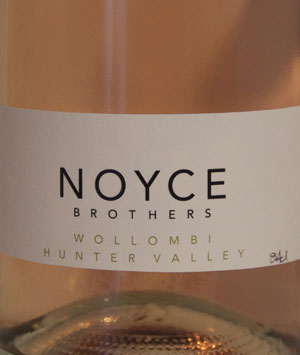 Noyce Brothers Sparkling Moscato